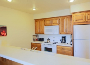 Kitchen of Luxury Three Bedroom Vacation Rental at Door County Hotel