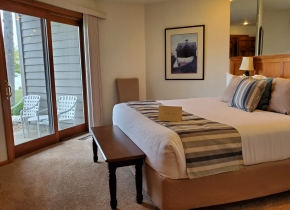 Bedroom of 3 Bedroom Resort Suite at Door County Hotel Glidden Lodge