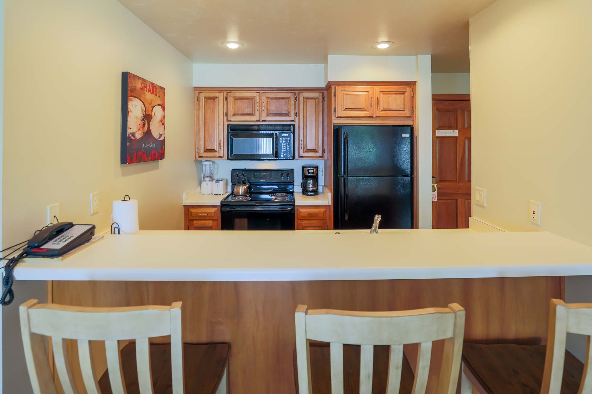 Kitchen of Two Bedroom Vacation Rental at Door County Resort and Hotels