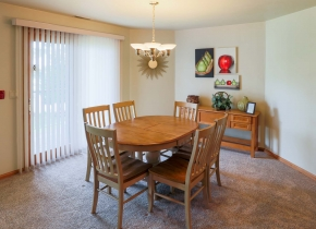 Dining Room of Two Bedroom Vacation Rental at Door County Hotel and Resort