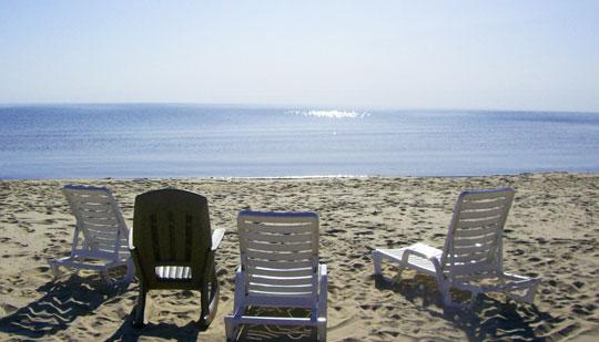 beachchairs_summer