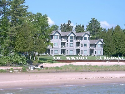 One of the Best Door County Hotels and Resorts in Sturgeon Bay, WI
