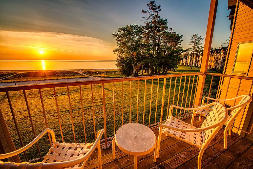 Amenities At Door County Hotel Glidden Lodge Beach Resort In