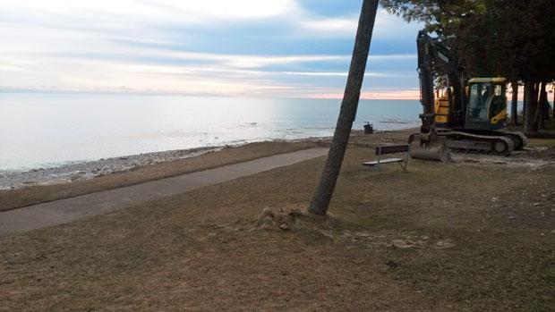 Door County Resort Dock Removal on Lake Michigan Beach