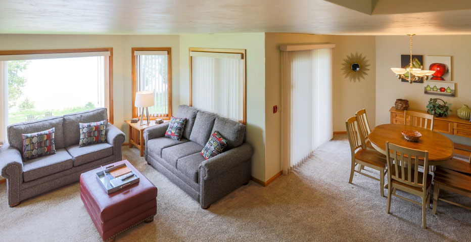 Sitting Area of Door County Resort Vacation Rental on the Water Front
