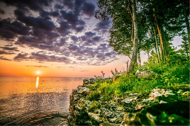 Reserve Your Door County Vacation at Glidden Lodge